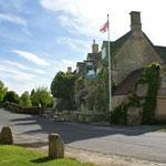 The Swan Inn rooms price check Best Prices and Availability